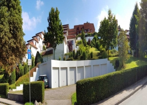 Schön gepflegte Grünanlage in Hamburg